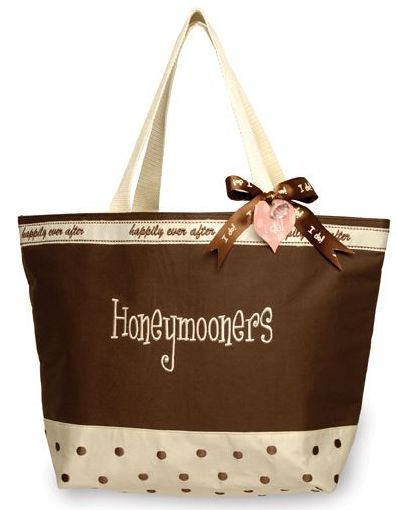 honeymoon-bag-from-classybride