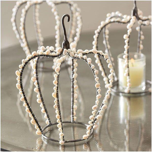 pearl-crowns-royal-wisteria-dot-com