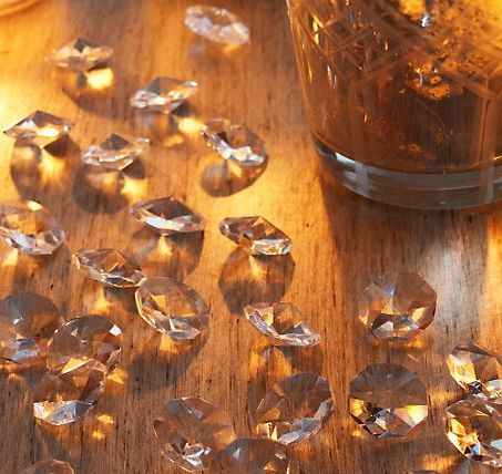 scattered-crystals-decor-smithandhawkendotcom