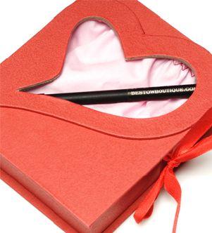 مجموعة من الافكار والحركات لمناسبات الافراح love-letter-panty-from-bestow.jpg?w=301&h=332
