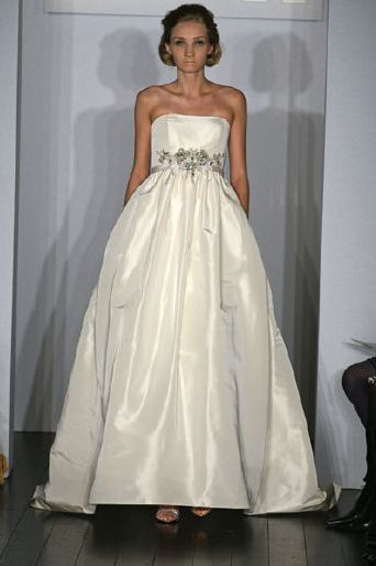 amsale-wedding-dress-fall-09