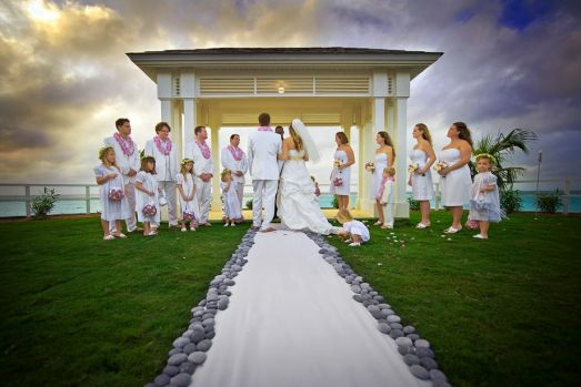 wedding-ceremony-decor-ideas-photo-by-curtis-smith-photography